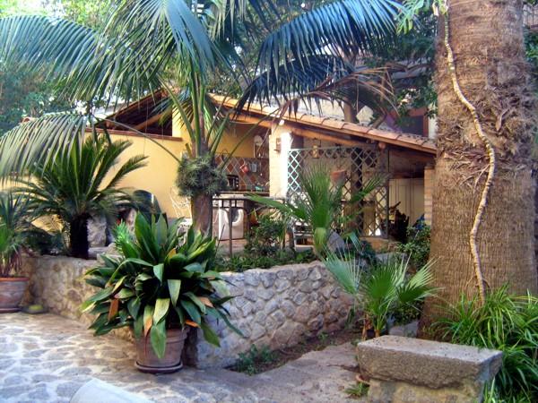 Appartamenti adilardi a tropea in calabria for Arredo giardino milano