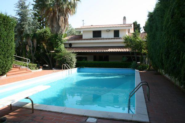 Vendita villa con piscina in calabria vicino a tropea capo vaticano - Villa dei sogni piscina ...