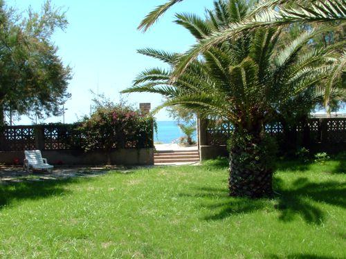 Villa sul mare a tropea camere al mare a tropea in calabria villa giada - Il giardino di giada ...