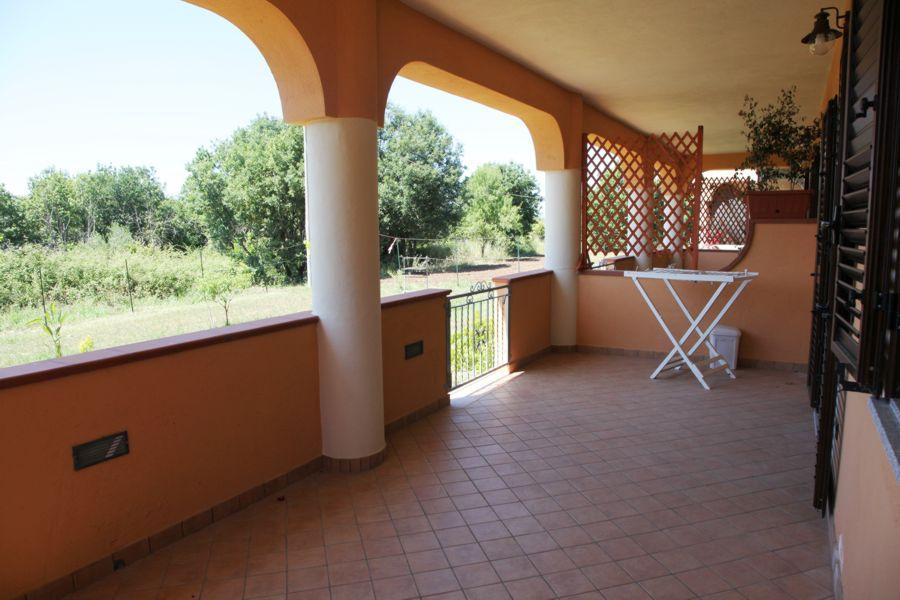 Casa vacanza a capo vaticano in calabria casa serafina for Piani tetto veranda protette