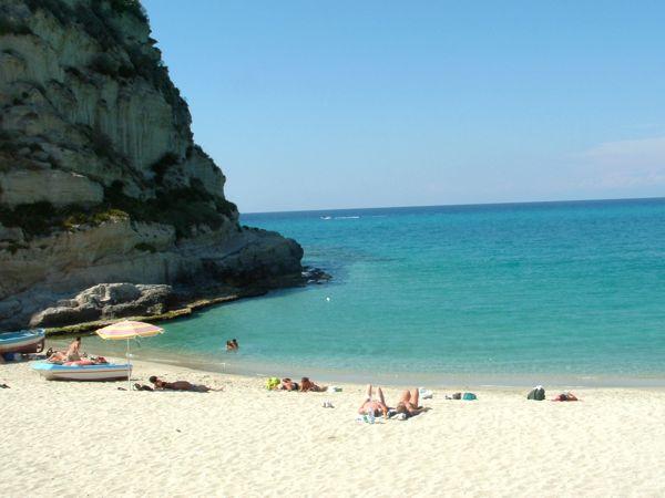 Matrimonio Spiaggia Tropea : Le spiagge più belle della calabria greenme