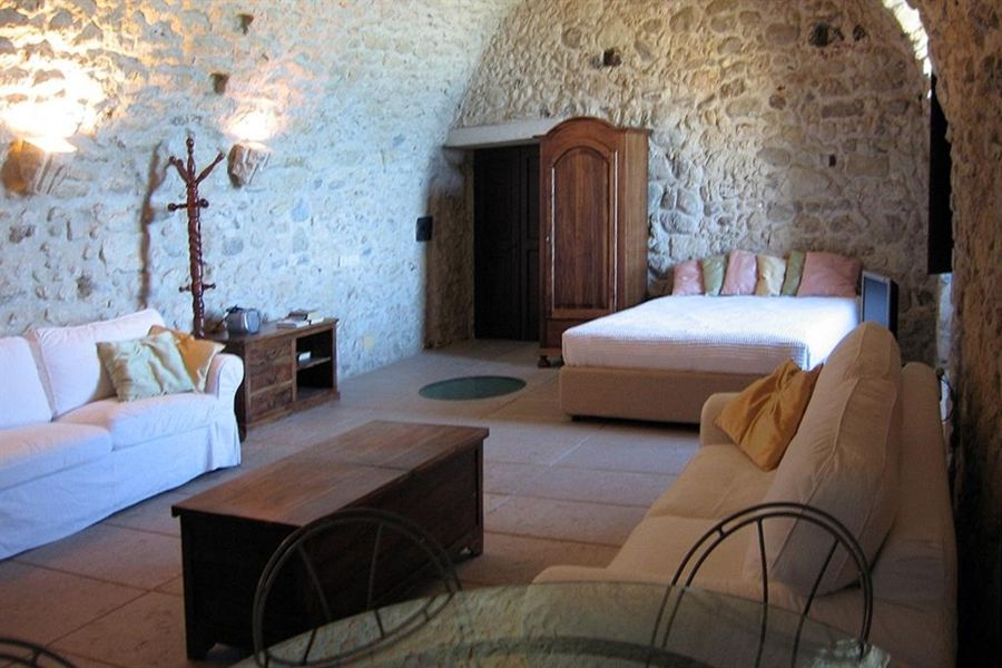 Case vacanze calabria mare offerte case vacanza in for Appartamenti barcellona sul mare