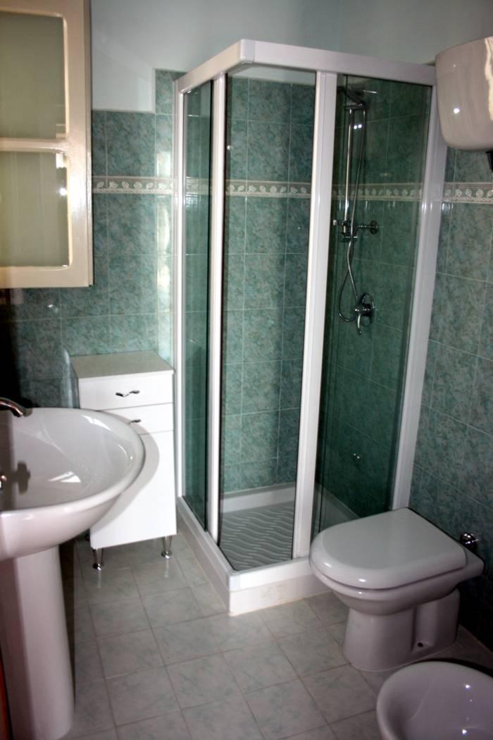 Appartamento a tropea vicino alla scalinata appartamento al borgo - Bagno con doccia ...