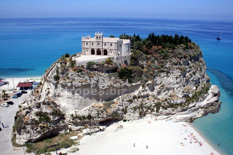 Tropea in Calabria, breve guida su Tropea e dintorni