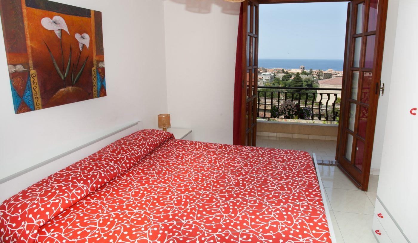 Appartamenti Per Vacanze Gurnella A Tropea  A 500 M  Dal