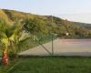 Campo tennis del villaggio