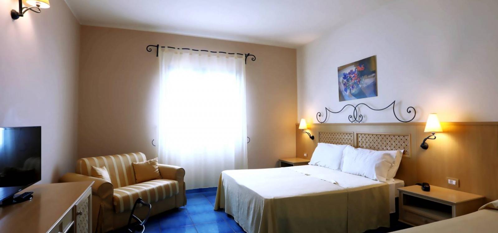 Hotel, Affitto per vacanze, Località Fortino, ID Struttura 1226, Santa Marina, Capo Vaticano, Italy, 89866,