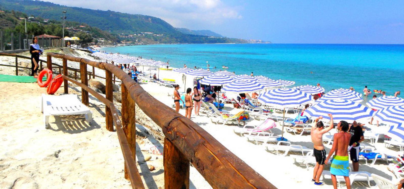 Spiaggia del villaggio Cora Club