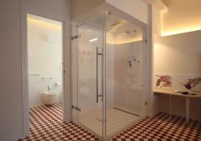 Bagno hotel suite L'Oasi di Riaci
