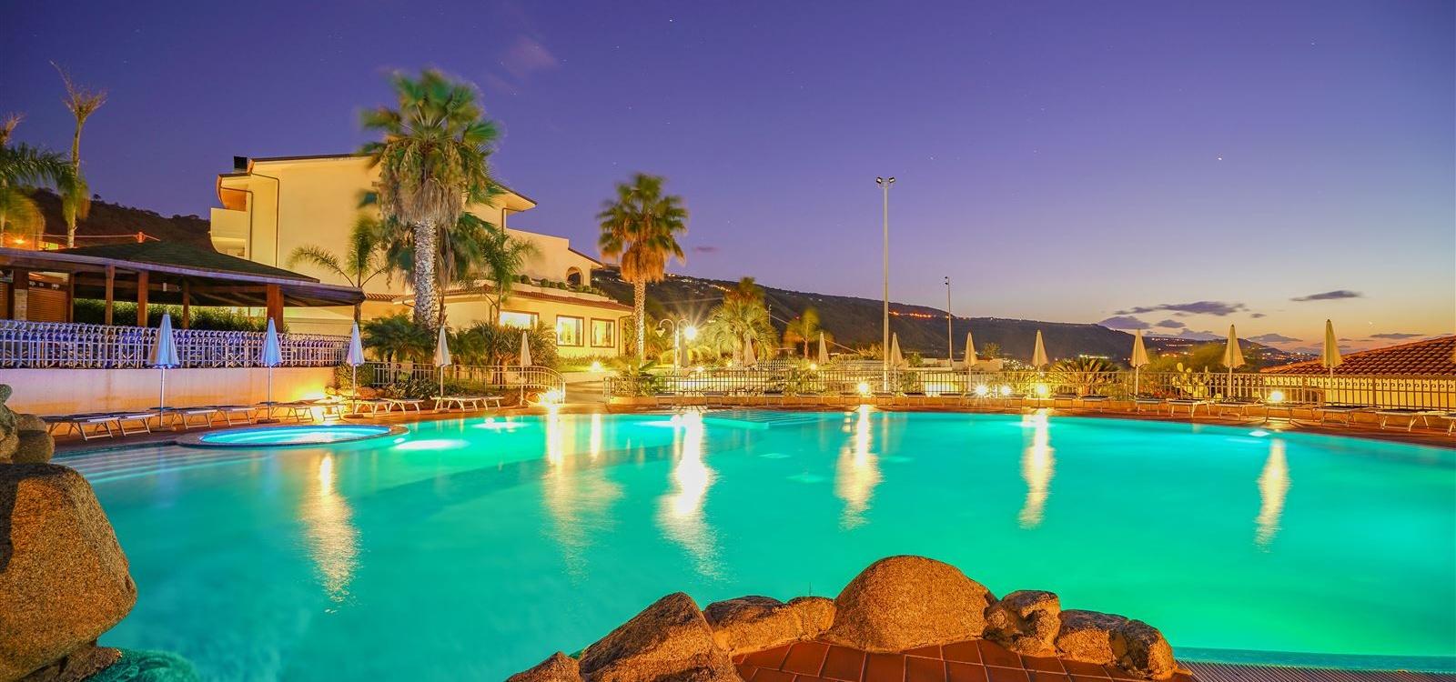 Hotel, Affitto per vacanze, Stazione, ID Struttura 1041, Marina di Zambrone, Zambrone, vibo valentia, Italy, 89868,