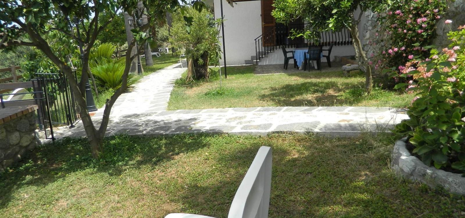 giardino villa alba chiara