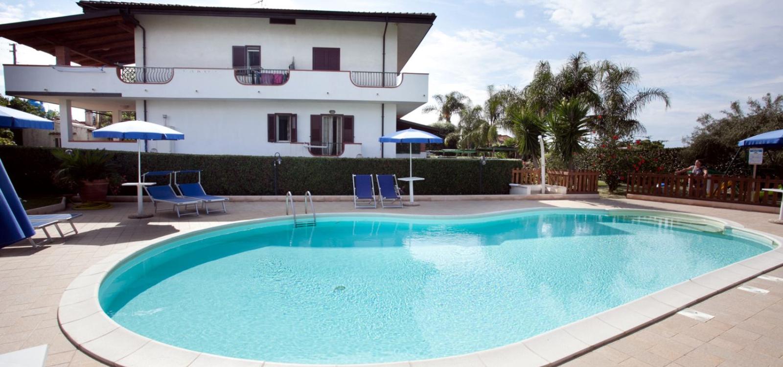 Casa Vacanze, Affitto per vacanze, ID Struttura 1075, Torre Marino, santa domenica, vibo valentia, Italy, 89865,